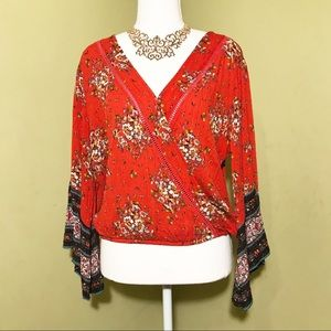 About a girl v neck loose top Size Medium
